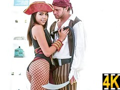 Rachel Rivers & Seth Gamble living the pirate sex life.